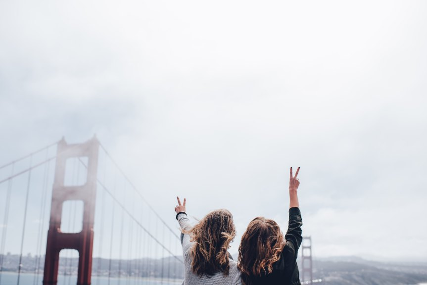 5 websites to help you find someone to travel the worldwith